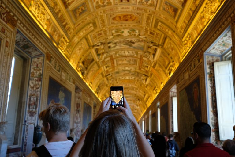 Tips for Taking Photos at the Vatican (and Rules You Have to Follow)